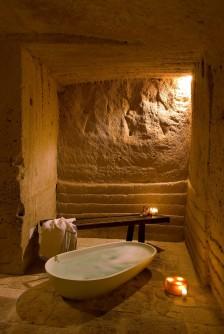 Le-Grotte-Della-Civita-22-0-800x1195