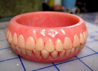 denture-bracelet