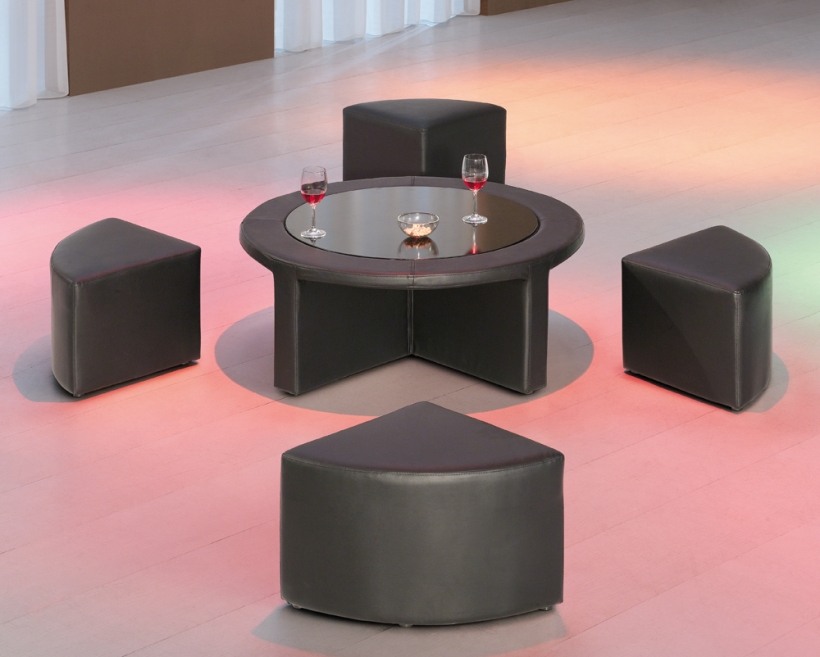 coffee-table-with-stools