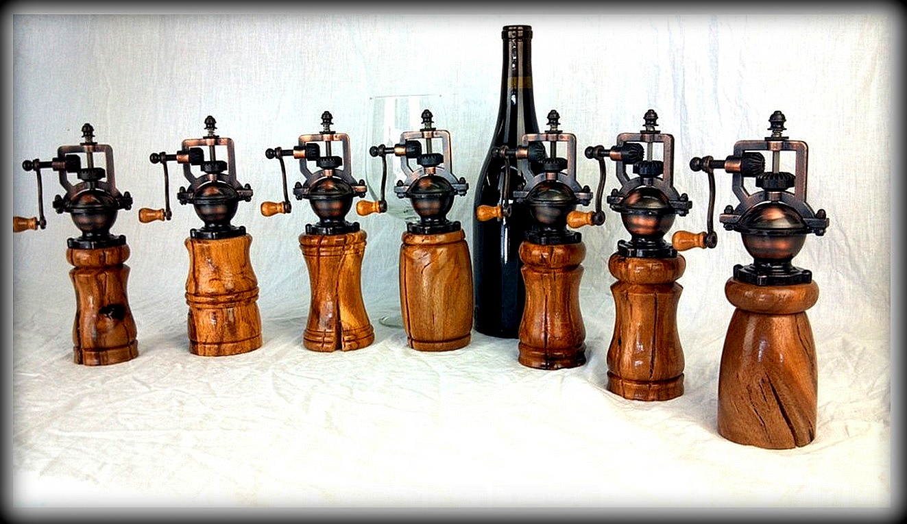 Grapevine Pepper Grinders